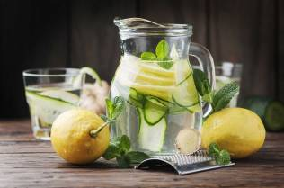 Detox-lemon Water